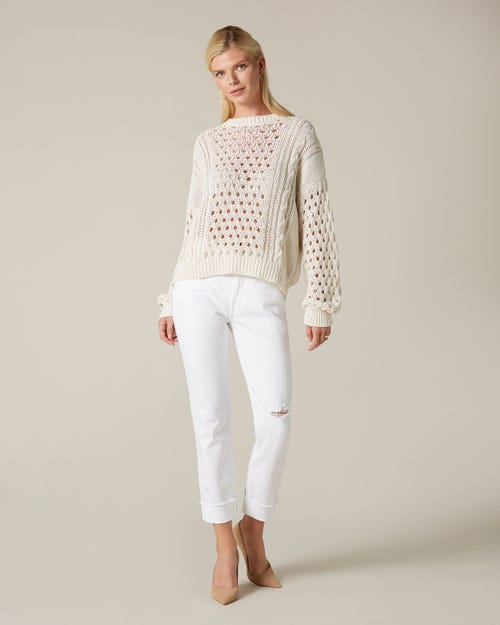 RELAXED SKINNY PURE WHITE WITH RAW CUT AND DISTRESSED