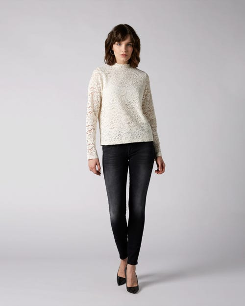 7 For All Mankind - The Skinny Slim Illusion Signal With Embellished Squiggle